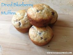 Dried Blueberry Muffins - Easy Peasy Meals - This week I was trying out a few recipes to take camping with us. I know, camping…ugh! Dried Blueberry Muffins Recipe, Blueberry Recipes No Bake, Homemade Muffins, Blue Berry Muffins, Fruit Recipes, Muffin Recipes, Sweet Recipes, Baking Recipes, Dessert Recipes