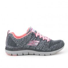 Zapatilla lifestyle SKECHERS Skechers, Me Too Shoes, My Love, Bags, Style, Fashion, Keep Fit, Sedentary Lifestyle, Latest Trends