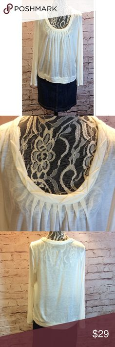 SZ LG THE LIMITED CREAM BLOUSE Very pretty blouse with gorgeous detail around the neck. Acrylic/Wool blend. Super soft you'll never know it has wool in it. Gently used The Limited Tops Blouses