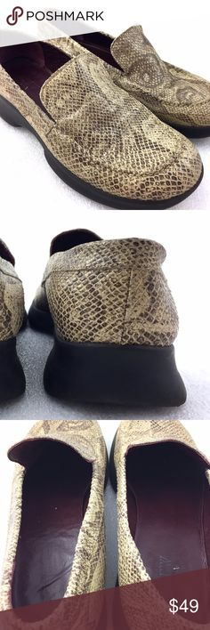 """J. Crew Snake Skin Print Leather Loafers Women 8 For sale is a pair of snake skin print loafers from J. Crew, made in Italy  Size: 8 Length: 10.5"""" from back of heel to front of toe Width: 3.9"""" at widest part of sole Heel: 1.25""""  I will ship your shoes out within 24 hours  Thank you J. Crew Shoes Flats & Loafers"""