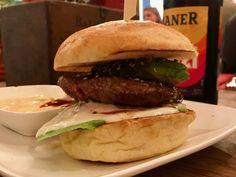 Burger in der Fetten Kuh in der Kölner Südstadt