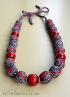fabric covered bead necklace without tying it between beadsRozalia Fabric Wrapped Beaded Necklace - Handmade - Napkins World Jewelry Crafts, Jewelry Art, Beaded Jewelry, Jewelry Design, Jewellery, Textile Jewelry, Fabric Jewelry, Fabric Necklace, Diy Necklace