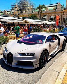 Luxury Car Brands, Luxury Cars, Car Photos Hd, Benz Suv, Car Hd, British Sports Cars, Mercedes Car, Bugatti Chiron, Car In The World