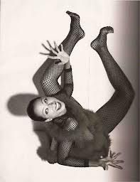 Pat Cleveland in Vogue Paris, December 1990 Atelier Versace, Gianni Versace, Josephine Baker, Vintage Black Glamour, Vintage Beauty, Vintage Fashion, Versace Jeans, Claude Montana, Black Supermodels
