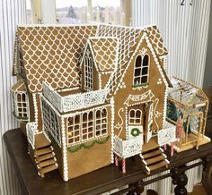 Now that is a gingerbread house! Gingerbread House Designs, Gingerbread Decorations, Christmas Gingerbread House, Xmas Decorations, Gingerbread Houses, Swedish Christmas Food, Christmas Holidays, Ginger Bread House Diy, Carol Of The Bells