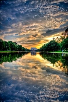 I love it when it is all lit up at night, but this is gorgeous, too.  ✯ Sunset at Lincoln Memorial, Washington D.C.
