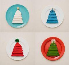 Decorar la mesa en Navidad: Cómo doblar servilletas en forma de árbol