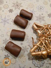 Praliné Paradicsom: Málnazselés szaloncukor Christmas Treats, Christmas Holidays, Holiday Recipes, Muffin, Candy, Christmas Vacation, Christmas Snacks, Muffins, Cupcakes