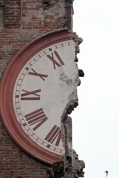 Half past the hour!  The damage of the earthquake in Finale Emilia, in the province of Modena. (May 2012)
