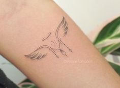 Tiny Tattoos For Girls, Cute Tattoos For Women, Little Tattoos, Mini Tattoos, Sexy Tattoos, Small Tattoos, Tattoos For Guys, Tatoos, Elbow Tattoos