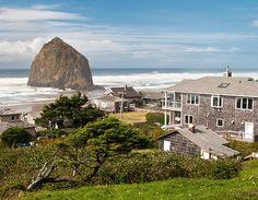 Nat Geo Staff Picks: America's Best Beach Towns – Intelligent Travel  Photograph of Haystack Rock - Cannon Beach, Oregon, USA