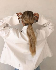 Blonde Long Hair in Ponytail Cute Beauty, Good Hair Day, Mode Inspiration, Messy Hairstyles, Hair Inspo, Hair Looks, Your Hair, Hair Makeup, Hair Cuts