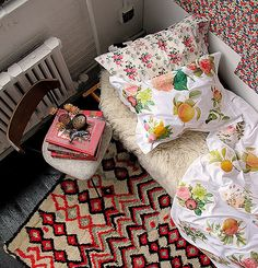 26 Cheap And Easy Ways To Have The Best Dorm Room Ever - can totally apply to rentals too!