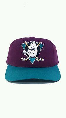 3f71a2ab4af Vintage MIGHTY DUCKS Hockey Snapback Hat Cap NHL Retro Disney men s adj vtg  90s