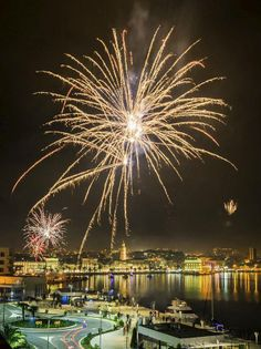 Happy New Year,Split, Croatia Places In Europe, Places To Visit, May We All, Split Croatia, By Plane, Happy New Year 2019, Dubrovnik, Alps, The Good Place