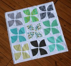 Stop whatever you're doing and make the Curvy Pinwheels Quilt Block! This awesome new twist on the traditional pinwheel quilt pattern is perfect for any quilter looking to take their quilts to the next level.