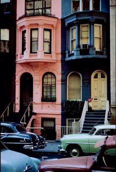 New York City, 1953 I love the pink ! New York in the a different world. Oh The Places You'll Go, Places To Visit, Foto Poster, City That Never Sleeps, Adventure Awaits, Belle Photo, New York City, Streets Of New York, Beautiful Places