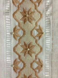 drawn thread and stitched pattern Embroidery Designs, Types Of Embroidery, Ribbon Embroidery, Hardanger Embroidery, Embroidery Stitches, Bordado Tipo Chicken Scratch, Swedish Weaving, Drawn Thread, Satin Stitch