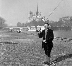 paris 1946   Robert Doisneau: Pecheur à la Mouche Seche, 1946