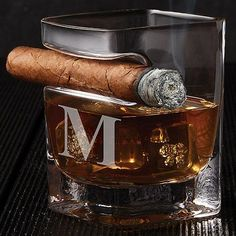 Buy the Corkcicle Cigar Glass at Wine Enthusiast – we are your ultimate destination for wine storage, wine accessories, gifts and more! Good Cigars, Cigars And Whiskey, Scotch Whiskey, Irish Whiskey, Whiskey Glasses, Cuban Cigars, Cigar Lounge Man Cave, Cigar Lounge Decor, Whiskey Room