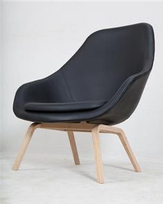 Lot: 2872928 Hee Welling, chair/armchair About a Lounge Chair model AAL93, black leather coverings, display piece for Hay