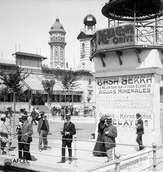1908. Tibidabo amb la torre de les aigües al fons