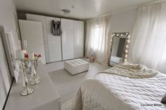 Coconut White: Makuuhuoneen uusi hopeinen Rude-peili