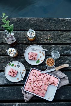 our food stories: glutenfree beetroot cake with date sugar & a trip to the…