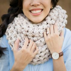 Crochet this Jumbo Puff Stitch Cowl that can be pulled over the head and worn as a snood!  Free pattern and step-by-step tutorial available! thanks so xox ☆ ★   https://www.pinterest.com/peacefuldoves/