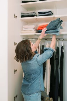 A beautiful and properly organized closet can be a game changer in your home and routine. Creating storage options that are functional and fit your space takes time and dedication; throw in a professional organizer and you're out some cash as well. You put in the time and effort and nailed it; now, it's crucial to maintain it! #closetorganization #closetdividers #clearorganization #besthangers #whitehangers #howtofoldasweater #sweaterorganization Scarf Organization, Wardrobe Organisation, Linen Closet Organization, Closet Storage, Bathroom Organization, No Closet Solutions, Small Space Solutions, Best Hangers, White Hangers