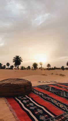 Timimoun: Algeria algeria – Travel and Tourism Trends 2019 Mecca Wallpaper, Islamic Wallpaper, Beautiful Mosques, Beautiful Places, Photo Snapchat, Algeria Travel, Nature Photography, Travel Photography, Desert Colors