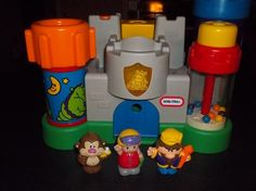 Little Tikes Castle with figures