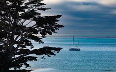 Monterey Bay  #dustysolesblog #dusk #tbex #travelphotography #travelblog #travel #travelusa #travelblog #travelphotography #photography #pacificocean #sunset #california #westcoast #wanderlust