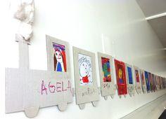 Tren:  En el taller hoy hemos hecho Roser y yo unos retratos con los niños de la clase de Noah y Bruna. Luego los hemos colgado como vag...