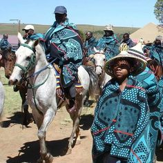 "yagazieemezi: "" CULTURE & TRADITION: Tribal blankets have been marked with cultural significance and history by various African cultures and nations. Basotho tribal blankets distinguish this nation. African Beauty, African Fashion, African Style, Namaste, Military Costumes, African Traditions, African Textiles, African Culture, African Attire"