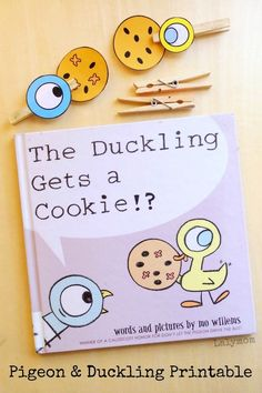 Mo Willems, Duckling Gets a Cookie Activity featuring the Pigeon and the Duckling. Come get your FREE printable from this post! This is such a fun book to share with children and the printable makes it extra special. literacy activities for home Preschool Literacy, Preschool Books, Early Literacy, Literacy Activities, Activities For Kids, Kindergarten, Learning Resources, Kids Learning, Pigeon Books