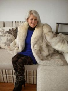 154 Best Fur Images Fur Fur Fashion Fur Coat