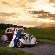 Vineyard Wedding Venues, Destination Wedding, Virginia Mountains, Shenandoah Valley, Sunset Wedding, Latest Issue, Wine Country, Got Married, Vintage Cars