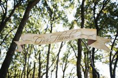 Give thanks // photo by HeatherHawkinsPhoto.com event design by Couture Events by Lottie