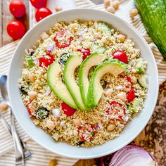 This Mediterranean Couscous Salad is packed with so many great flavors, it´s easy to make and comes together in under 30 minutes. You can serve it at room temperature or even add it into the fridge and serve cold. Either way, the flavors of this dish are mind-blowing good. My favorite part about this recipe, is that it´s made with simple everyday ingredients, there´s no fuss to put it together and it´s very healthy you. Truly a dish, that fills your body with so much goodness.
