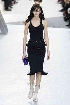 So simple yet so chic.. the perfect LBD from the Louis Vuitton RTW collection