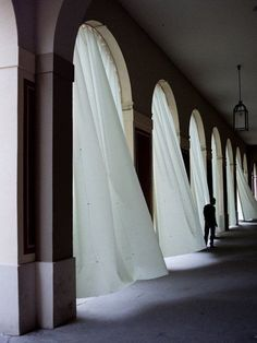 I've always dreamt of having a long hallway with beautiful billowing curtains. Bauhaus, Long Hallway, Belle Photo, Architecture, Window Treatments, Interior And Exterior, Photos, Pictures, Windows