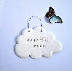 Porcelain Cloud Personalised Name Plaque Porcelain Cloud Personalised Name Plaq. - Porcelain Cloud Personalised Name Plaque Porcelain Cloud Personalised Name Plaque This image ha - Clay Christmas Decorations, Kids Christmas Ornaments, Clay Ornaments, Ceramics Projects, Clay Projects, Polymer Clay Crafts, Diy Clay, Diy Cadeau Noel, Pottery Classes