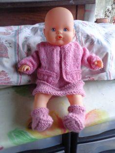 ensemble rose en tricot pour poupon de 35 cm : Jeux, jouets par vetements-de-poupee-corolle-de-afc33
