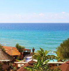 Dovolená v Itálii, léto u moře, jižní Itálie - Kampánie. Rodinná dovolená, bazén, restaurace, prázdninové ubytování. Bungalovy, mobilhomy, apartmány.