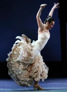 "Ballet Flamenco de Andalucía brings ""Metáfora"" to Boston for its US premiere"