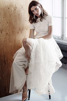 Noch ein H&M Brautkleid? Offiziell nicht, allerdings könnte das elfenbeinfarbene Kleid aus der H&M Conscious Exclusive Kollektion (399 Euro) ohne