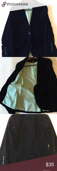 H&M black velvet blazer Black velvet blazer with button detail at sleeves and front pockets. Lined in a green satin material. Size 6 H&M Jackets & Coats Blazers
