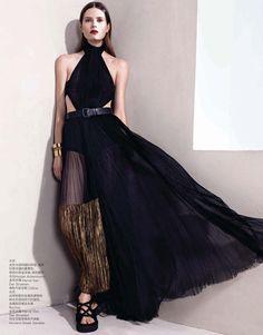 Caroline Brasch Nielsen by Sharif Hamza for Vogue China January 2014 7
