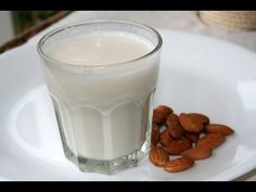 Delicious cannabis almond milk you can use in recipes, great for vegans! Organic Almond Milk, Make Almond Milk, Almond Milk Recipes, Homemade Almond Milk, Almond Flour, Almond Pulp, Almond Meal, Stevia, Vegan Energy Balls